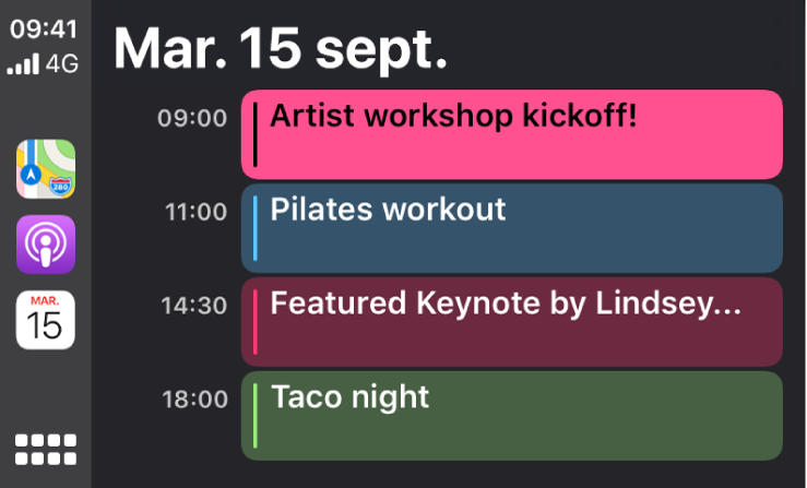 Un écran de calendrier dans CarPlay montrant 4événements pour le mardi 15septembre.