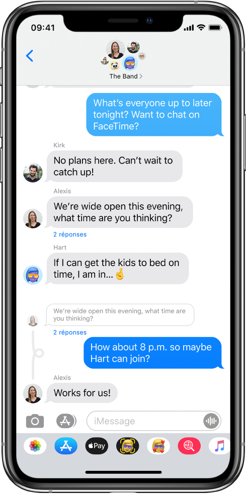 Une conversation Messages montrant des réponses en ligne dans une conversation de groupe.