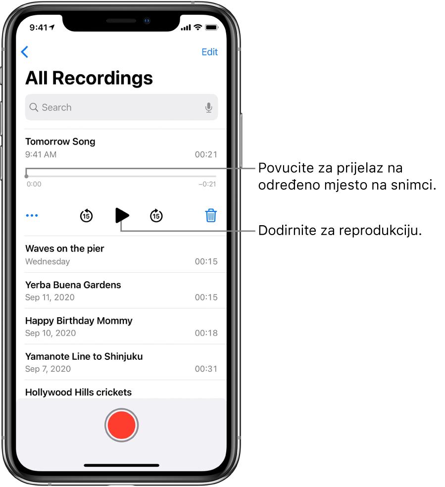 Zaslon s popisom Diktafona s odabranom snimkom na vrhu. Vremenska linija snimke ima kliznik reprodukcije koji možete povući do određenog mjesta u snimci. Na krajevima se nalaze vremena početka i završetka. Ispod vremenske linije nalazi se tipka Više, koju možete dodirnuti za uređivanje, dupliciranje ili dijeljenje snimke, tipka preskakanje 15 sekundi unatrag, tipka reprodukcija, tipka preskakanje 15 sekundi unaprijed i tipka obriši. Ispod ovih kontrola nalazi se popis snimki koje se mogu otvoriti dodirom.