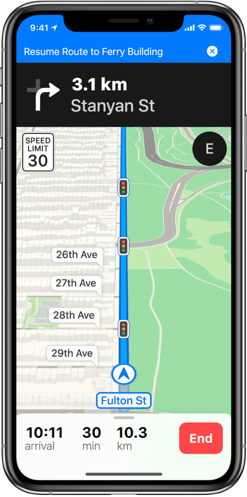 Một bản đồ chỉ đường lái xe với biểu ngữ màu lam ở đầu màn hình để tiếp tục lộ trình đến Ferry Building.