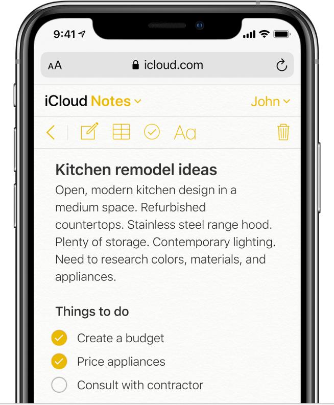 """Uma nota do iCloud com o título """"Ideias de remodelação de cozinha"""". Inclui uma lista de verificação denominada """"Tarefas a realizar"""" com dois elementos assinalados."""