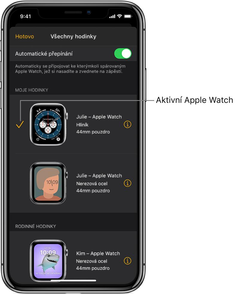 Na obrazovce Všechny hodinky vaplikaci AppleWatch jsou aktivní AppleWatch označeny zaškrtnutím.