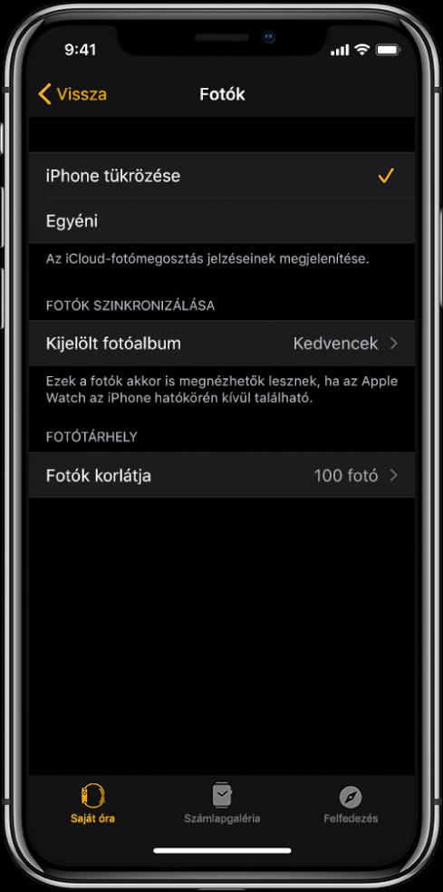 Az iPhone-on lévő Apple Watch alkalmazás fotóbeállításai; középen látható a Fotók szinkronizálása beállítás, alatta pedig a Fotók korlátja lehetőség.