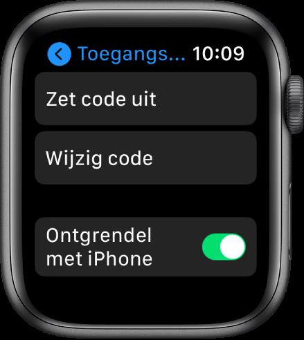 Instellingen voor de toegangscode op de AppleWatch, met bovenin de knop 'Zet code uit', daaronder de knop 'Wijzig code' en onderin de schakelaar 'Ontgrendel met iPhone'.