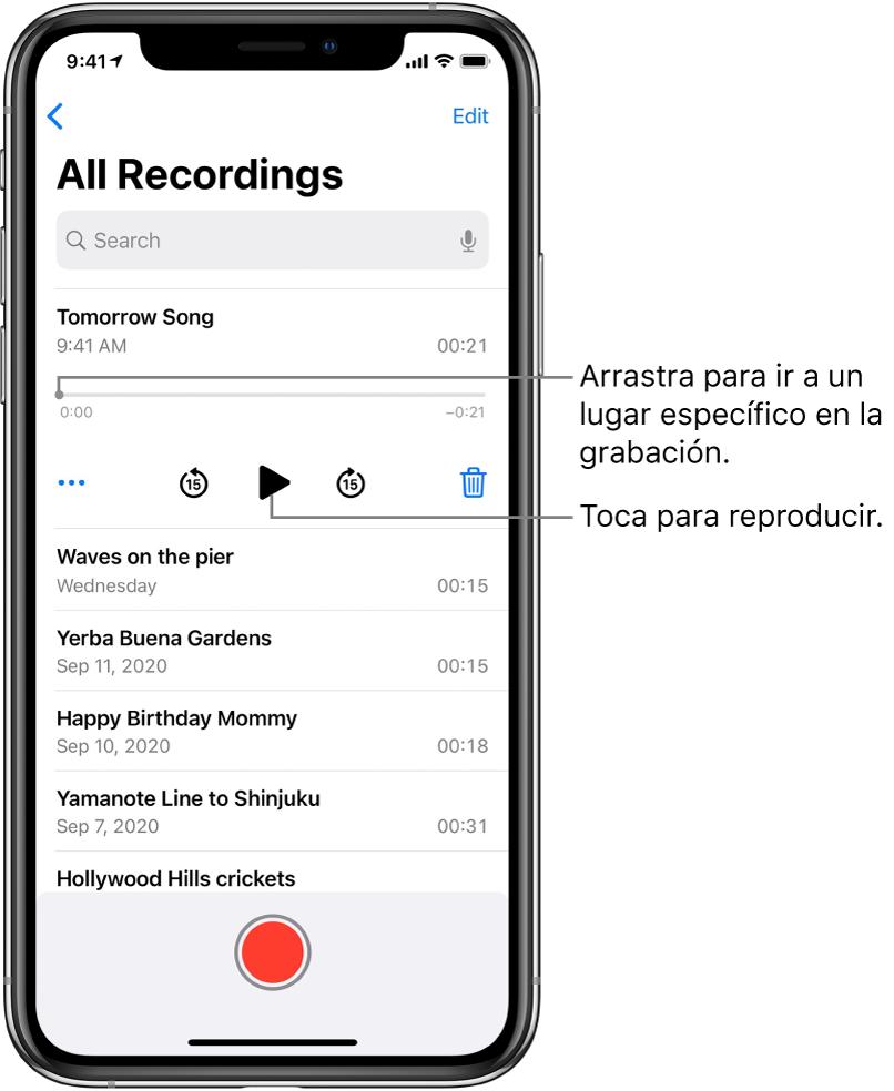 La pantalla de Notas de Voz con una grabación seleccionada en la parte superior. La línea del tiempo de la grabación tiene un cursor de reproducción, que puedes arrastrar para ir a un punto específico de la grabación. En cada extremo se encuentra el tiempo de inicio y el tiempo de fin. Debajo de la línea del tiempo se encuentra el botón Más, que puedes tocar para editar, duplicar o compartir la grabación; y los botones para retroceder 15 segundos, reproducir, avanzar 15 segundos y eliminar. Debajo se encuentra una lista de grabaciones que se pueden abrir con un toque.