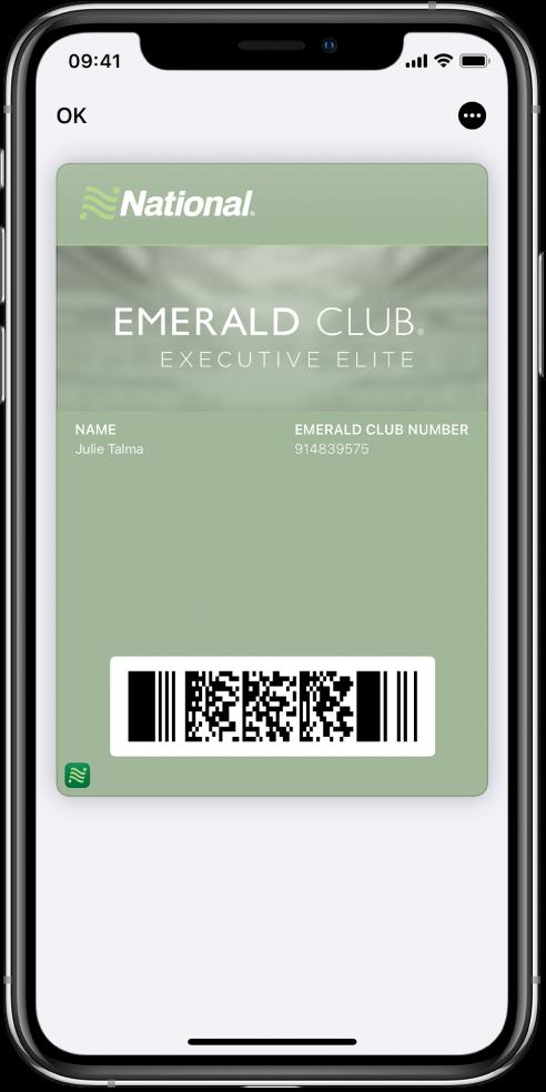 Une carte d'embarquement dans Wallet affichant les informations sur un vol et le codeQR en bas.