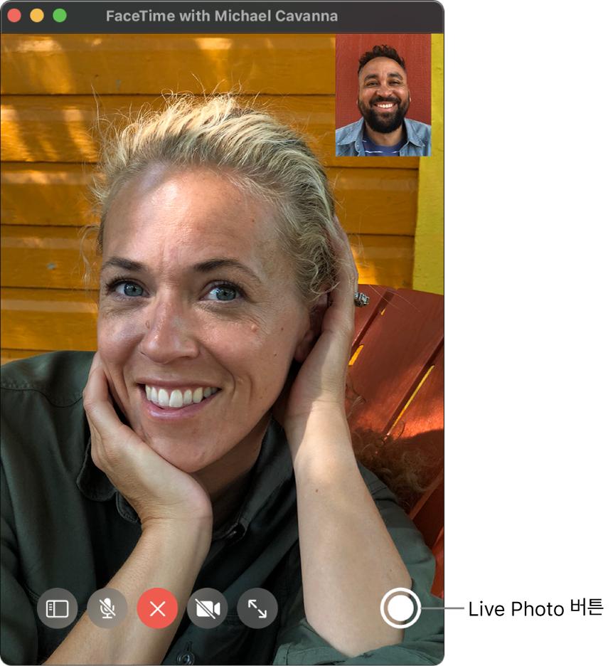 Live Photo 버튼을 보려면 포인터를 FaceTime 윈도우 위로 이동하십시오.