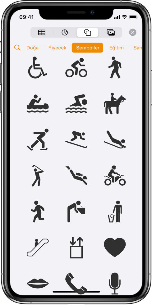 Tablo, grafik, şekil ve ortam eklemek için en üstte yer alan düğmelerle Ekle menüsü. Şekiller seçilir ve menüsü solda bir Arama düğmesi ile kategoriler satırını gösterir. Aktiviteler kategorisi seçili ve alt tarafta şekiller görünüyor.