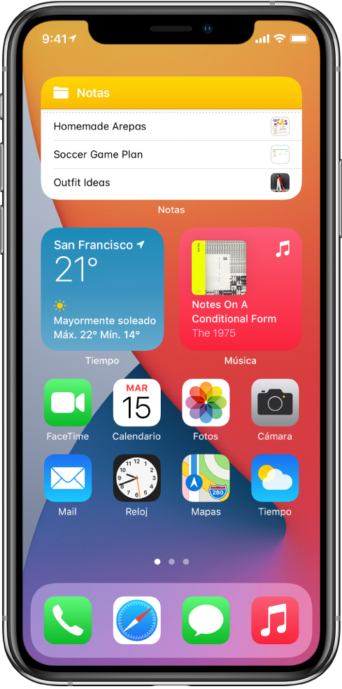 La pantalla de inicio del iPhone. En la mitad superior de la pantalla están los widgets de Notas, Tiempo y Música. En la mitad inferior de la pantalla están las apps.