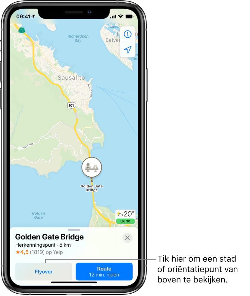 Een kaart van San Francisco. Onder in het scherm zie je een informatiekaart van de Golden Gate Bridge met de knop 'Flyover' links van de knop 'Route'.