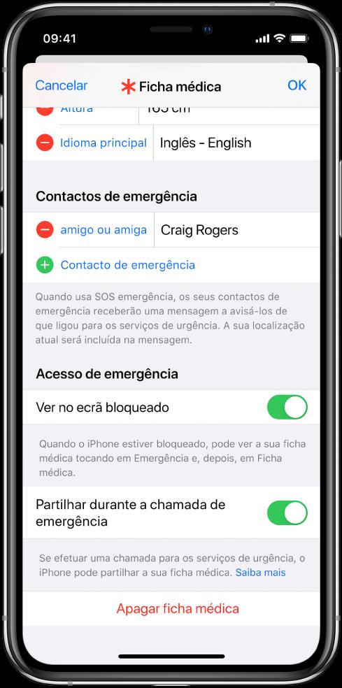 Ecrã da ficha médica. No fundo, estão as opções para mostrar a informação da sua ficha médica quando o iPhone está bloqueado e efetua uma chamada de emergência.