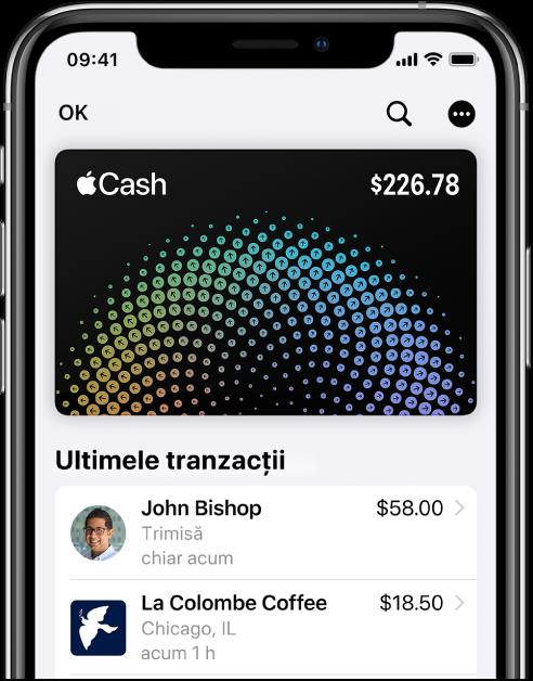 Cardul Apple Cash din Wallet afișând butonul Mai multe în partea dreaptă sus și cele mai recente tranzacții sub card.