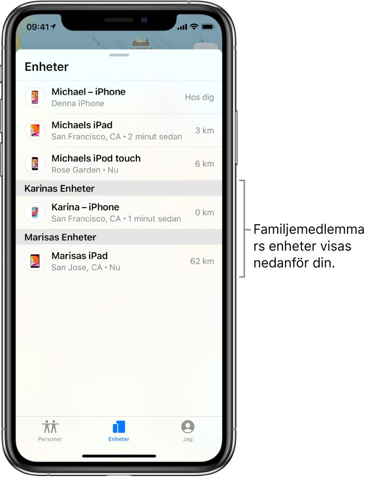 Fliken Enheter i Hitta. Högst upp i listan finns Michaels enhet. Under den finns Karinas iPhone och Marisas iPad.