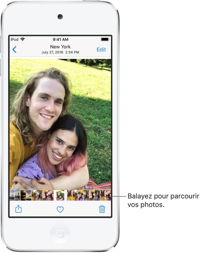 Une photo, avec les vignettes d'autres photos au bas de l'écran. En haut à gauche, le bouton Retour permet de revenir à l'affichage que vous étiez en train de parcourir. En bas, vous trouverez les boutons Partager, Aimer et Supprimer. En haut à droite se trouve le bouton Modifier.