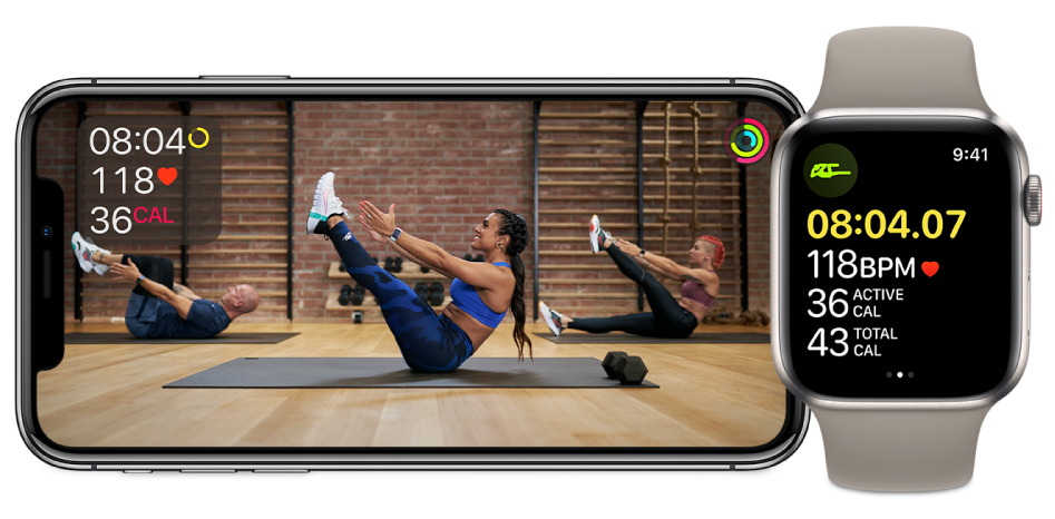 Основна тренировка във Fitness+ на iPhone и Apple Watch, която показва оставащо време, сърдечен ритъм и изгорени калории.
