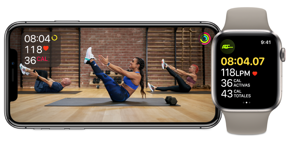 Entrenamiento de torso de Fitness+ en un iPhone y AppleWatch, mostrando el tiempo restante, frecuencia cardiaca y calorías quemadas.