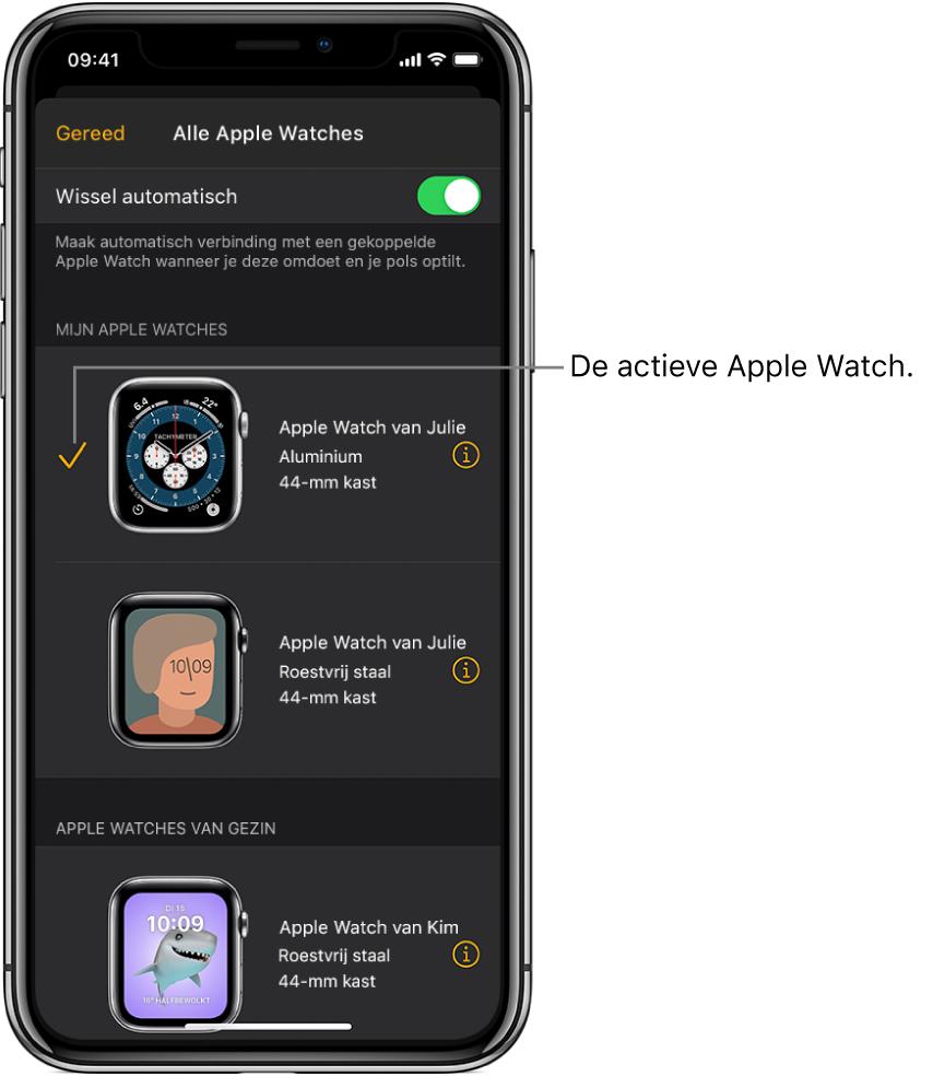 In het scherm 'Alle AppleWatches' van de AppleWatch-app wordt met een vinkje de actieve AppleWatch aangeduid.