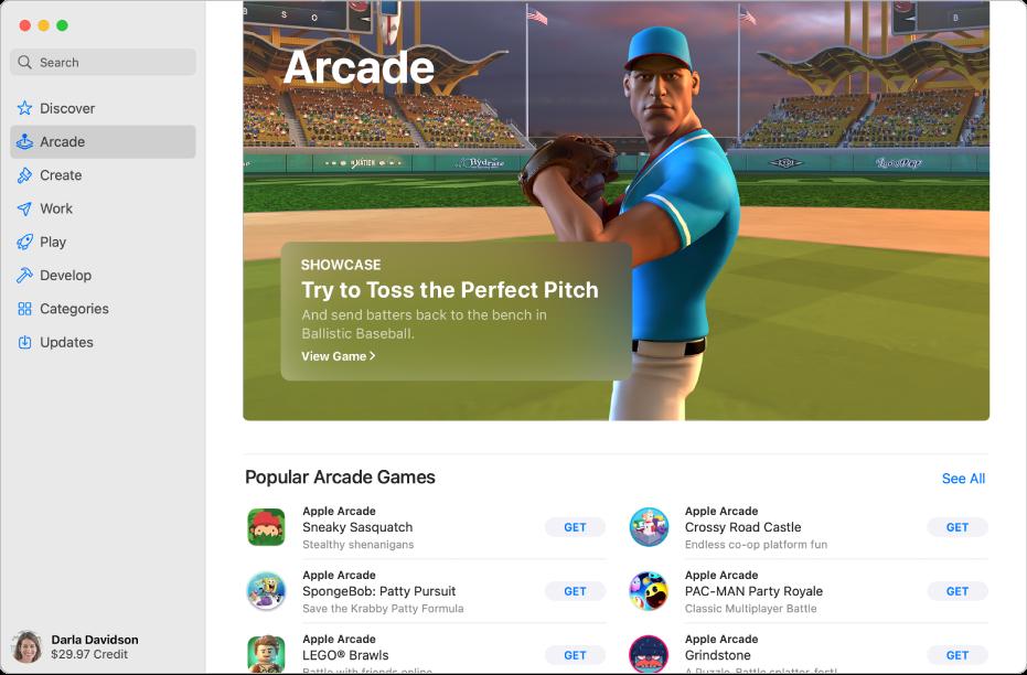 De beginpagina van AppleArcade. In het paneel aan de rechterkant wordt een populaire game weergegeven, met daaronder andere beschikbare games.