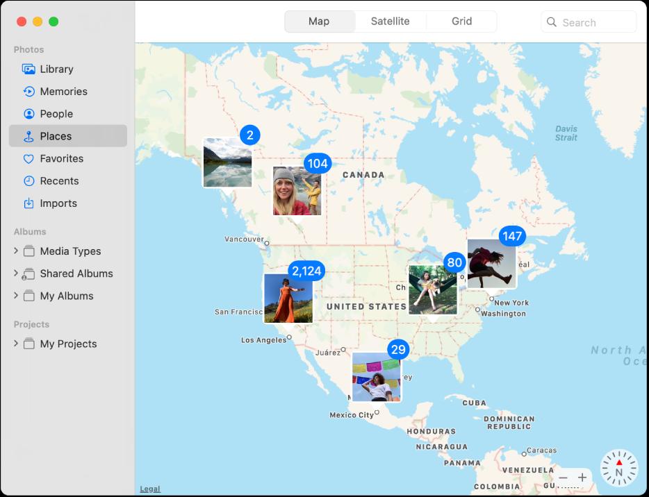 החלון ״תמונות״ מציג מפה עם תמונות ממוזערות המקובצות לפי מיקום.