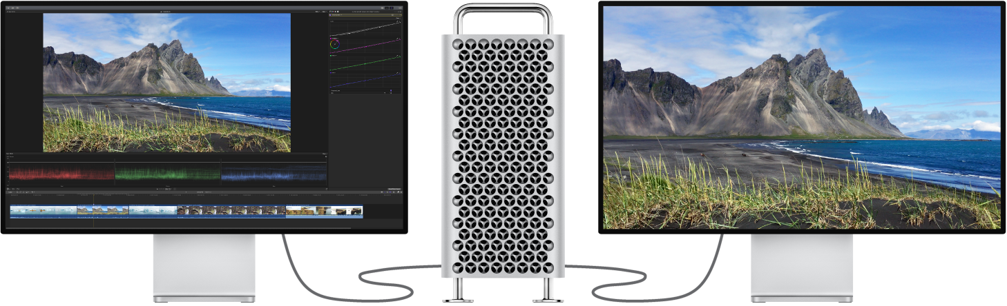 Mac Pro avec un moniteur ProDisplayXDR branché affichant l'interface de FinalCutPro, et deuxième moniteur ProDisplayXDR branché affichant uniquement le contenu du visualiseur