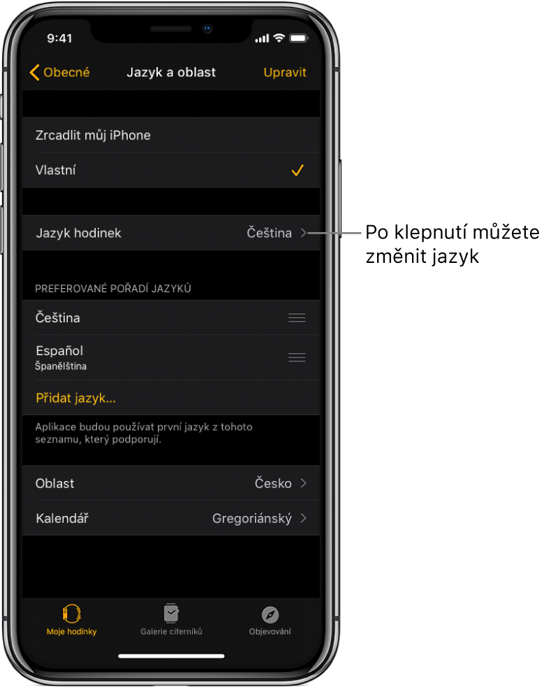 """Obrazovka Jazyk aoblast vaplikaci AppleWatch spoložkou nastavení """"Jazyk hodinek"""" vhorní části"""
