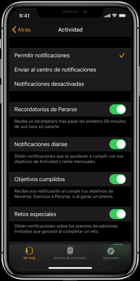 La pantalla Actividad en la app AppleWatch, en donde puedes personalizar las notificaciones que deseas obtener.
