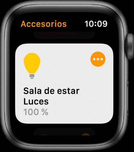 App Casa con un accesorio de iluminación. Pulsa el icono situado en la esquina superior derecha del accesorio para definir tus ajustes.