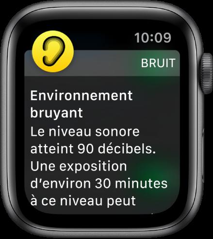 L'AppleWatch affichant une notification de Bruit. L'icône de l'app associée à la notification s'affiche en haut à gauche. Touchez-la pour ouvrir l'app.