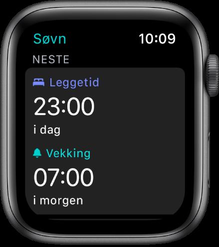 Søvn-skjermen som viser kveldens søvnplan. Leggetid, nesten øverst, er satt til 23:00. Under er en vekketid på 07:00.