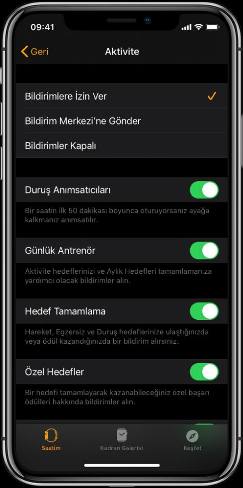 AppleWatch uygulamasında, almak istediğiniz bildirimleri özelleştirebileceğiniz Aktivite ekranı.