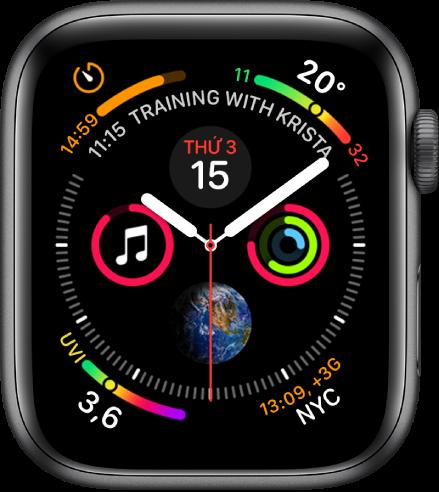 Mặt đồng hồ Đồ thị thông tin đang hiển thị các tổ hợp ở mỗi góc và bốn đĩa số phụ ở giữa.