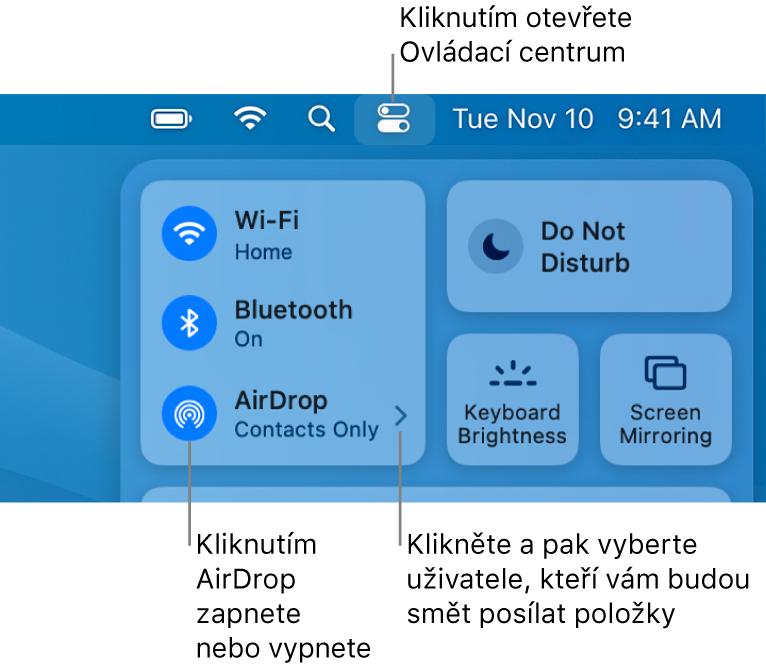 Okno Ovládacího centra sovládacími prvky pro zapnutí avypnutí AirDropu apro výběr uživatelů, kteří vám můžou posílat položky