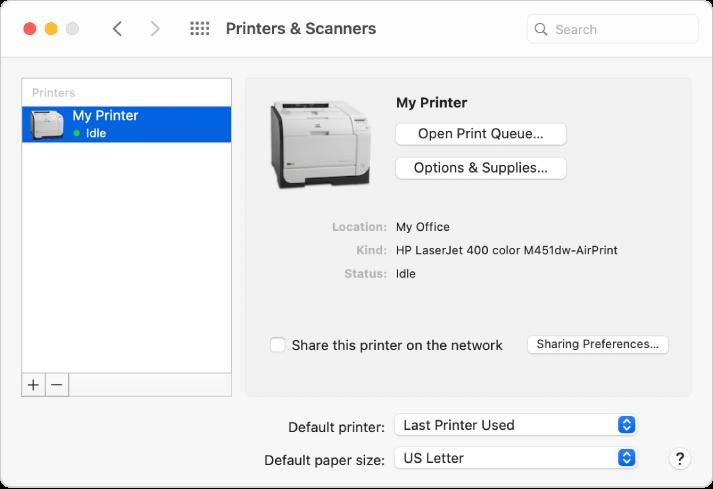 """Die Systemeinstellung """"Drucker & Scanner"""" enthält Optionen zum Einrichten eines Druckers und eine Druckerliste mit Plus- und Minustasten zum Hinzufügen und Entfernen von Druckern unten."""