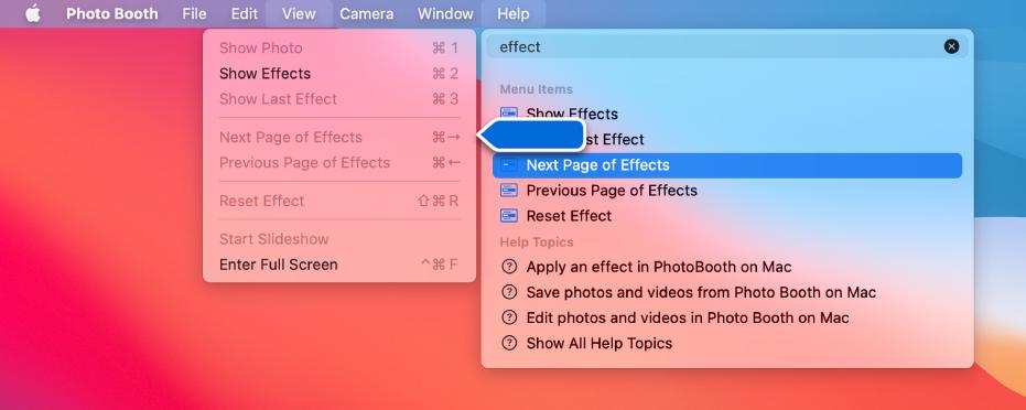 Das Photo Booth-Hilfemenü mit einem Suchergebnis für ein ausgewähltes Menüobjekt und einem Pfeil, der auf das Objekt in den App-Menüs weist.