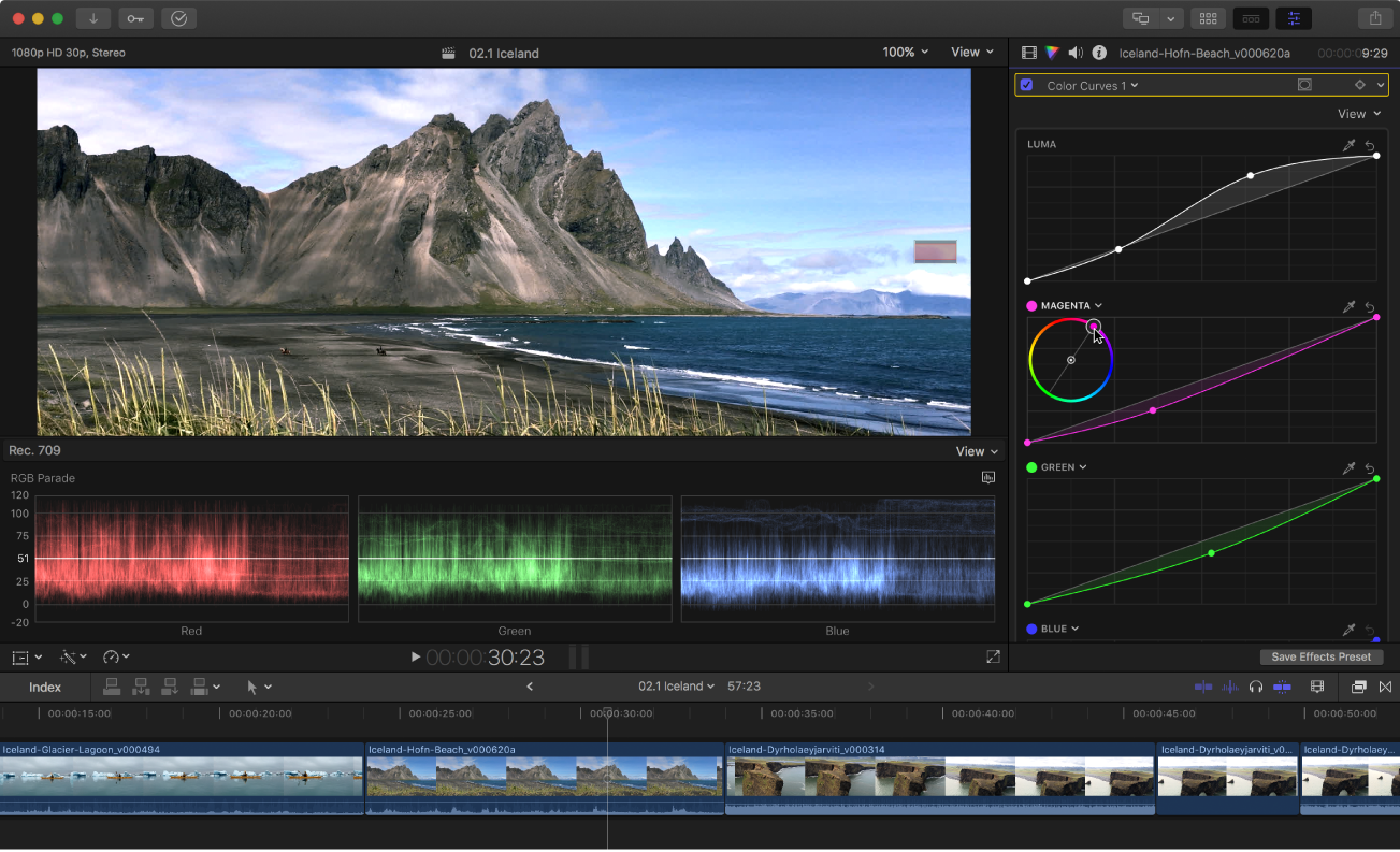 """Viewer, Timeline, Waveform-Monitor und Informationsfenster """"Farbe"""" mit angewendetem Farbkorrektureffekt """"Farbkurven"""""""