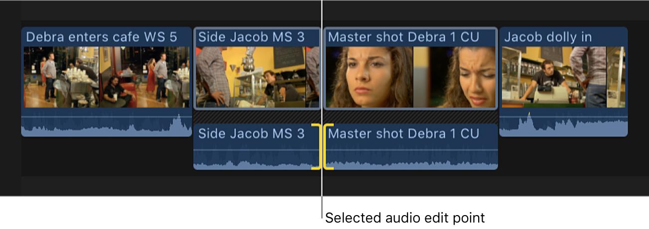 Ambos lados de un punto de edición de audio aparecen seleccionados en la línea de tiempo