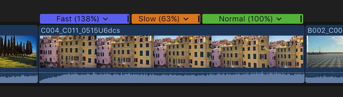 La línea de tiempo con un clip con segmentos de velocidad