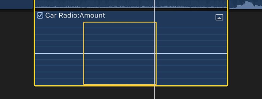 「範囲選択」ツールを使って、タイムライン内のクリップのオーディオ部分で範囲が選択されている