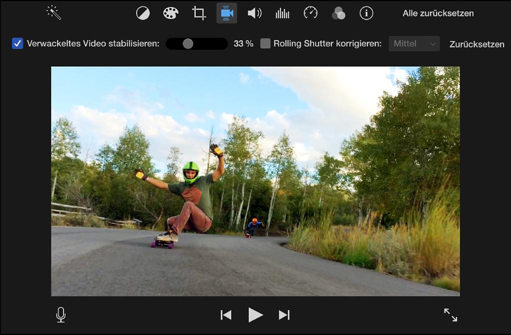 """Aktiviertes Markierungsfeld """"Verwackeltes Video stabilisieren"""" über dem ausgewählten Clip im Viewer"""