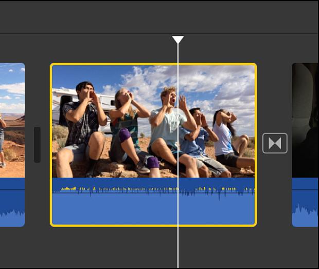 Clip de video con audio seleccionado en la línea de tiempo