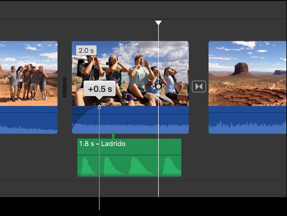 Manija de fundido en la parte de audio de un clip en la línea de tiempo