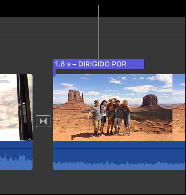 Barra de título encima de un clip en la línea de tiempo