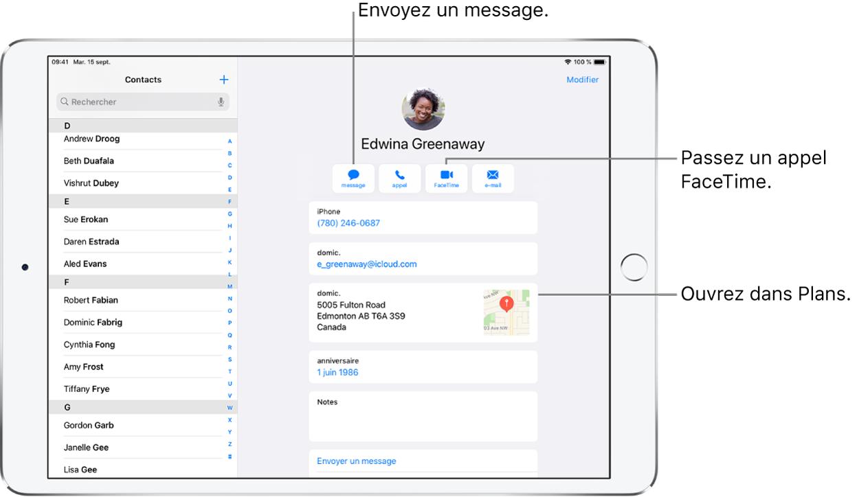 L'écran Contacts avec la liste des contacts à gauche et la fiche de contact sélectionnée à droite. En dessous de la photo et du nom du contact se trouvent les boutons pour envoyer un message, passer un appel, passer un appel FaceTime, envoyer un message par e-mail et envoyer de l'argent via ApplePay. Sous les boutons se trouvent les coordonnées du contact.