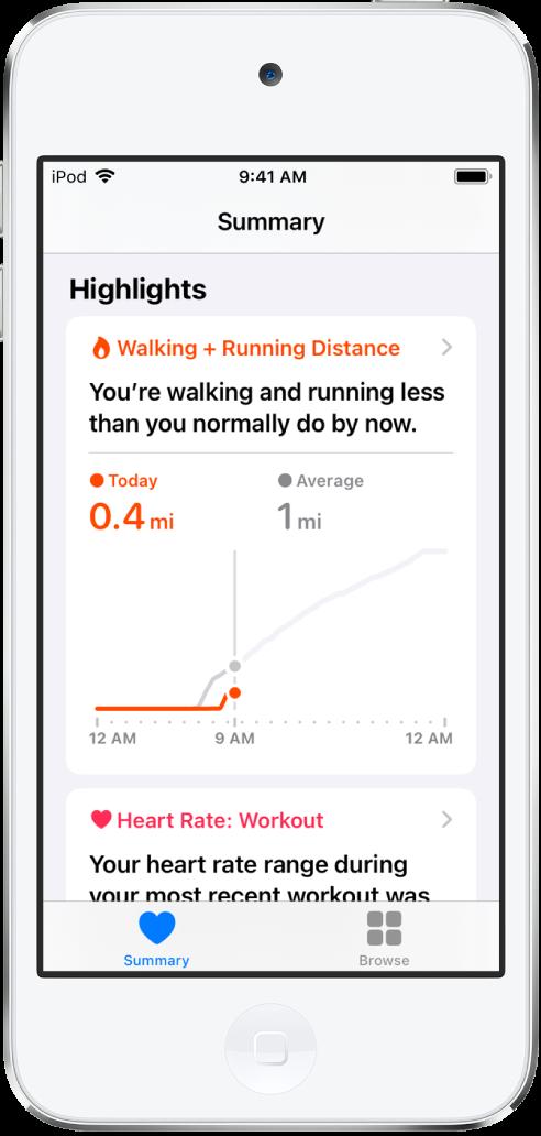 Un écran Résumé affichant comme point clé la distance de marche et de course à pied parcourue dans la journée