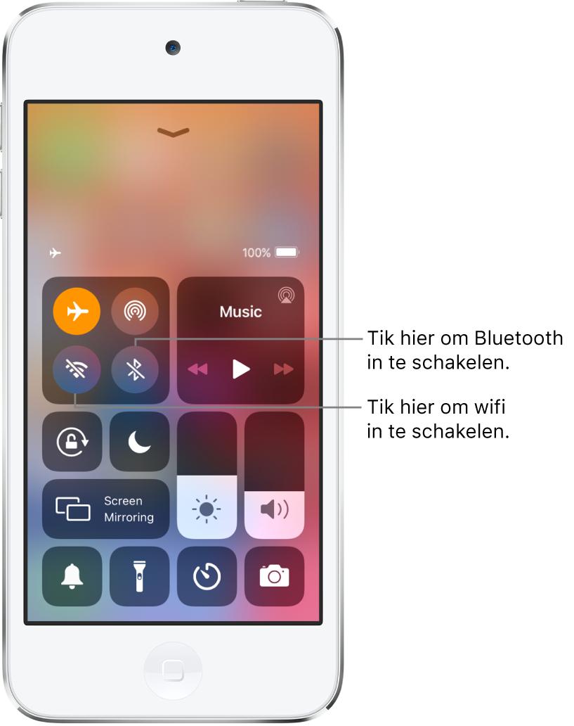 Het bedieningspaneel waarbij de vliegtuigmodus is ingeschakeld. De knoppen waarmee je wifi en Bluetooth inschakelt, staan linksboven in het scherm.