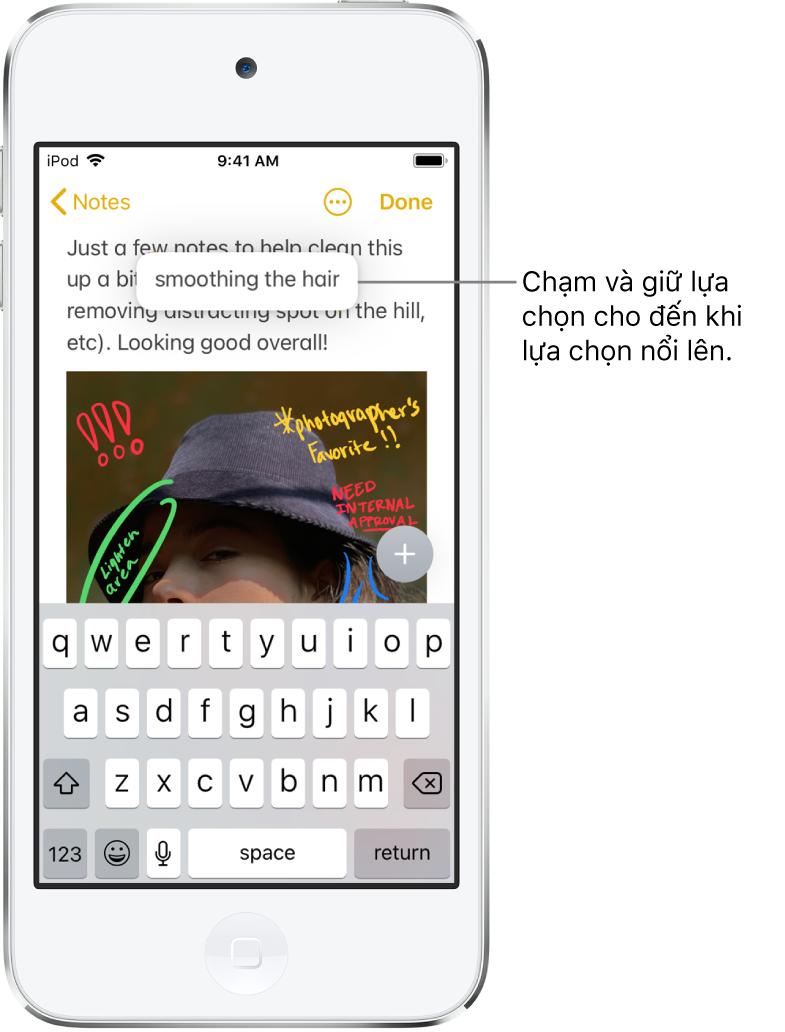 Cụm từ được chọn dường như nâng lên do người dùng chạm và giữ vào lựa chọn.