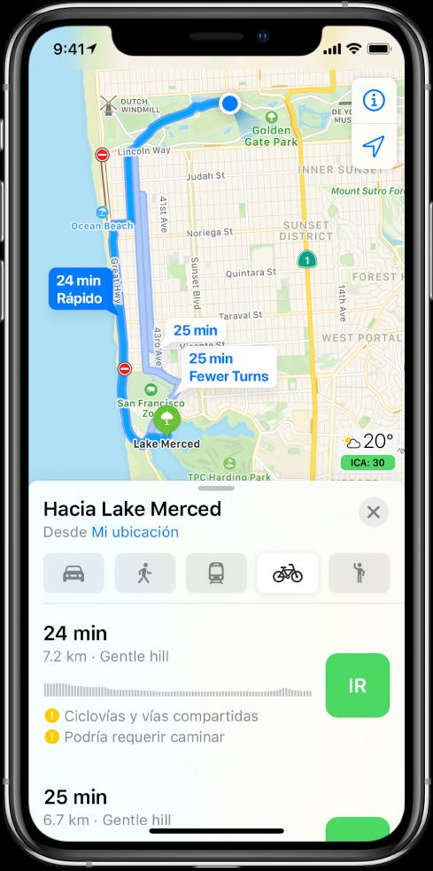 Un mapa mostrando varias rutas en bicicleta. La información de la ruta en la parte inferior proporciona detalles de las rutas, incluidos los tiempos estimados, los cambios de elevación y los tipos de caminos. Aparece el botón Ir junto a cada opción en la información de la ruta.