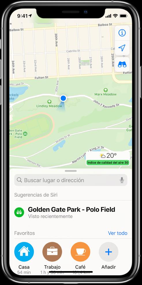 Mapa de un parque, con tres favoritos que se muestran en la parte inferior de la pantalla. Los favoritos son Casa, Trabajo y Café.