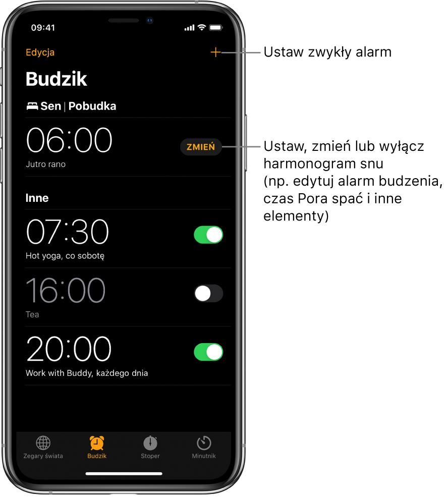 Karta Alarm zczterema alarmami ustawionymi na różne godziny; wprawym górnym rogu znajduje się przycisk ustawiania zwykłego alarmu. Widoczny jest także alarm budzika zprzyciskiem umożliwiającym zmianę harmonogramu snu waplikacji Zdrowie.