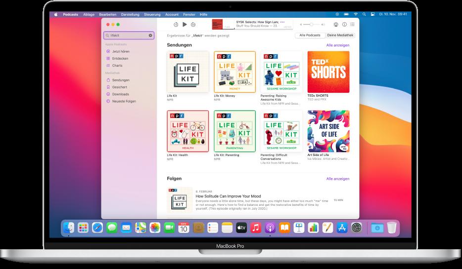 """Das App """"Podcasts""""-Fenster mit einer Suchanfrage und den Ergebnissen."""